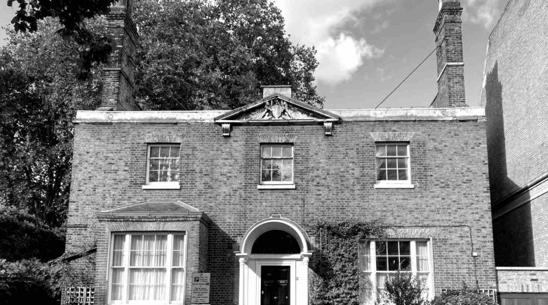 Meridian House, a Georgian brick house, was the residence of the chaplain serving the East India Company's almshouses.